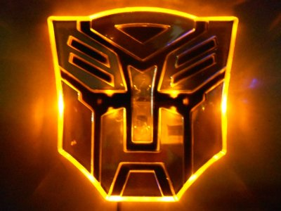 Transformers Optimus Prime LED badge geel