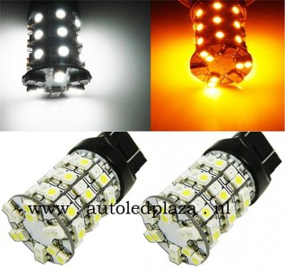 T20 7443 Dual color (wit/geel) 60x 1210SMD LED