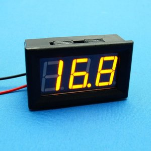 Mini digitale voltmeter 4.5-30V Voltage Panel Meter in geel/amber LED uitvoering